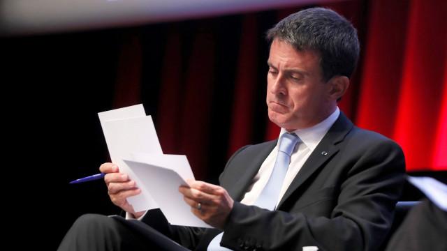 Франция планирует продлить чрезвычайное положение