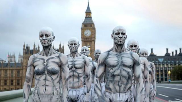 د لندن سیل ځایونو کې ګرځنده روباټونه