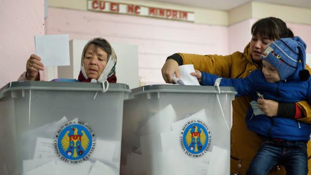 Выборы президента в Молдове: победителей в первом туре нет