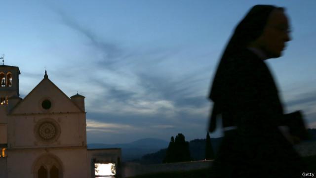 Город в Италии предлагает бесплатный отдых парам для зачатия ребенка